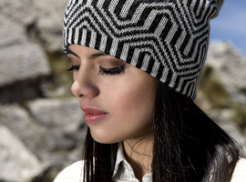 Reversible Optical Alpaca Hat