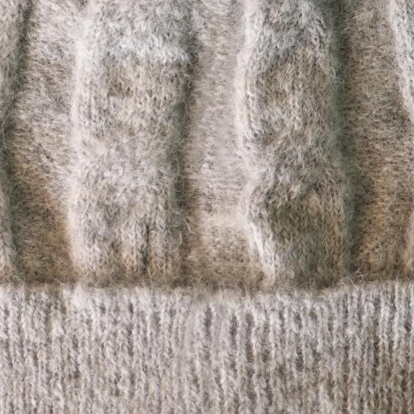 Lt. Grey Alpaca Fur Pom Pom Cable Hat